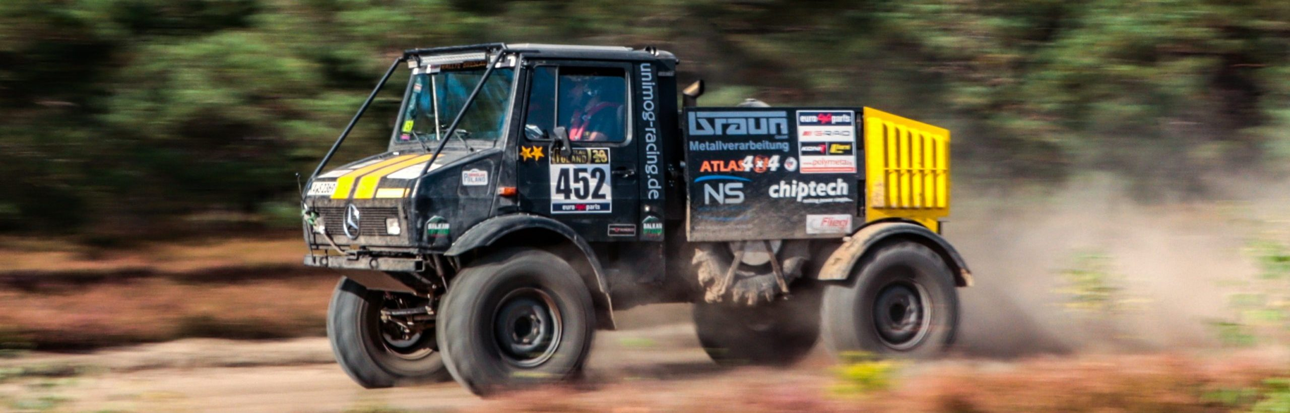 unimog-racing.de  –  driving Unimog offroad, that´s our passion